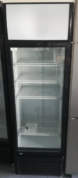 armario-refrigerado-1-puerta-348-litros